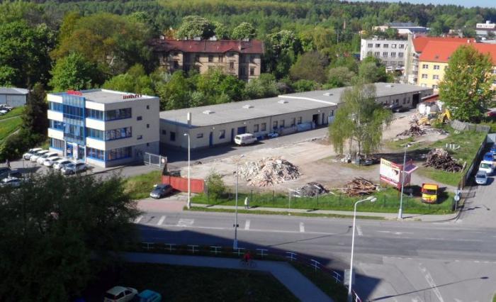 Univers Tech během výstavby. Zdroj: www.univers.cz