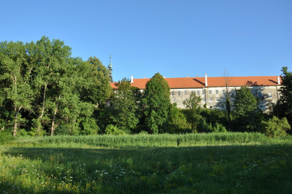 Záme v Uherčicích, zdroj: www.navstivtevranovsko.cz