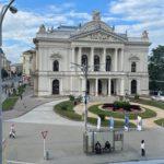 Výhled z 2+2 školy matematiky v Brně na Mahenovo divadlo